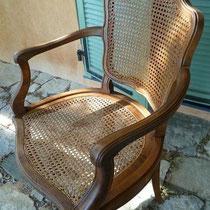 fauteuil cabriolet  Louis XV cannage restauré