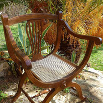 cannage traditionnel sur fauteuil Dagobert