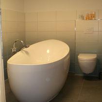 Das Bad im Untergeschoss
