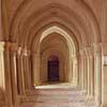 Westliche Kreuzgangflügel nach der Restaurierung, Präsentation mit der schützenden Kalkschlämme 2