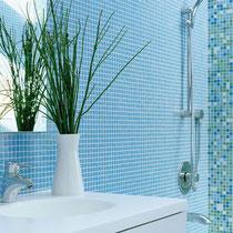 Mosaico pasta di vetro azzurro per rivestimento bagno