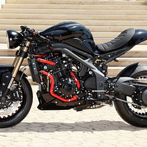 café racer riumph speed triple
