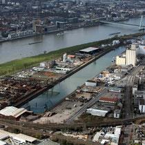 Häfen und Güterverkehr Köln AG