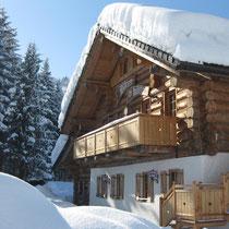 Die Bärenhütte Tröpolach: Direkt am Fuße des Nassfelds