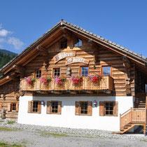 Bärenhütte Tröpolach im Sommer