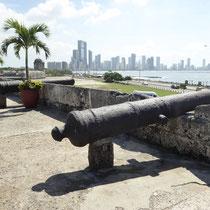 Bild: Blick von der alten Festungsmauer auf Cartagena