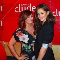 "26 avril 2012 - Cheryl à Radio Clyde 1 & 2 pour la promo de ""Call My Name""."