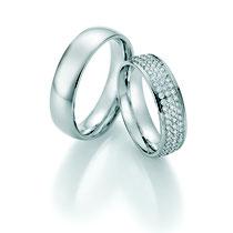 """Produktinformationen """"Ruesch Eheringe Palladium mit Brillanten 02/50150-060""""  Massive Palladium Trauringe, extra flach verarbeitet für einen angenehmen Tragekomfort. Da die Ringe kaum spürbar sind, werden Männer die sonst keine Ringe tragen diese lieben."""