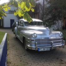 "1947 Chrysler Windsor de Luxe, zu mieten bei ""Chrome de la Chrome"""