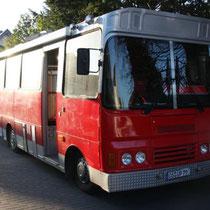 Zubringer-Wohnmobil: Bedford-Bus (1983)