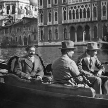 MSI Collection : Venice, Italy - 5 April 1932 - Kaka is nearest to camera