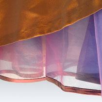 Abendrock mit paspelierten Unterrock aus Seidenorganza
