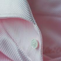 Rosafarbenes Maßhemd mit Haifischkragen