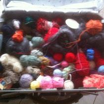 don de laines pour l'une des veuves