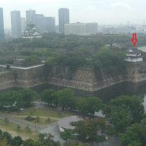 大阪歴史博物館から 矢印が六番櫓