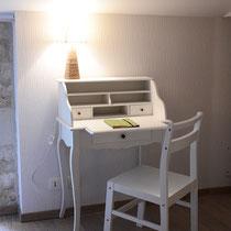 chambre maragot-bureau- maison d'hôtes de la groie l'abbé