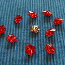 rote Kristall-Knöpfe