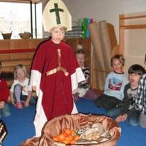 Janis als Heiliger Nikolaus - mit anschließender Nikolausjause