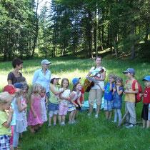 Ein Lied für alle Mamas & Papas beim Familienwandertag 2012.