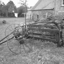 La Fenaison   années 1940-1950 rateau-faneur-andainer