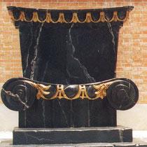 Trono imitación mármol, Carra para Teatro