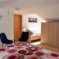 Schlafzimmer - Sicht auf zusätzliches Einzelbett