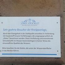 Hinweisschild bei Kneippanlage in 97708 Bad Bocklet