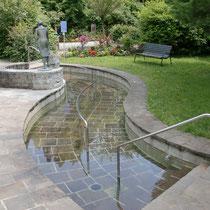 Wassertretbecken im kleine Kurpark 83209 Prien am Chiemsee- nähe Haus des Gastes (Flyer)