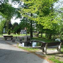 Kneippanlage in 83229 Aschau im Kurpark - (Foto: Touristinfo Aschau)