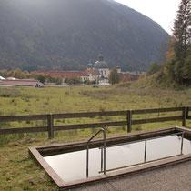 Wassertretbecken in 82488 Ettal - nähe Schaukäserei- bergaufwärts
