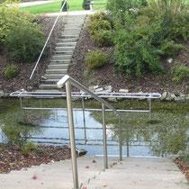 Wassertretbecken in 84180 Loching- zwischen Isarbrücke und Sportplatz (Foto: Gemeinde Loching)
