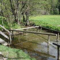 Wassertretbecken in 83229 Aschau- am Moorbad - (Foto: Touristinfo Aschau)