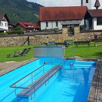 Wassertretbecken in 87541 Unterjoch- im Dorfgarten, Steinebergweg (Oberallgäu)