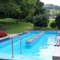 Wassertretbecken in 87541 Bad Hindelang, im Hirschbachwäldchen (Oberallgäu)