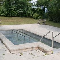 Wassertretbecken in 83075 Bad Feilnbach nähe Freibad