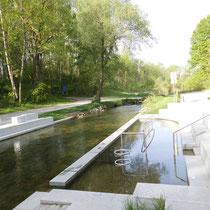 Wassertretanlage in 85049 Ingolstadt - (Foto: Edelgard Zierer)