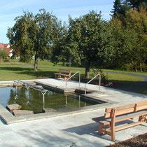 Kneippanlage in 97616 Bad Neustadt an der Saale - in der nähe des Kurgarten / Luitpoldaue (Bild: Tourismus und Stadtmarketing Bad Neustadt GmbH)