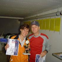 Beide ganz stolz auf den tollen Pokal :-)