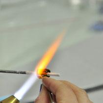 ... im Atelier der Glasperlenkünstlerin