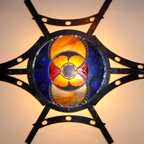 Sculpture murale avec éclairage