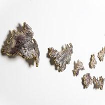 Céramique, feuille de cuivre, enfumage, 35x120 cm, 2014