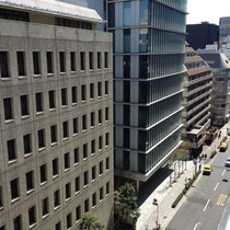 当ビルは日テレ通り沿いで、お車のアクセスも良い場所です。
