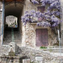 Chalençon, village médieval.