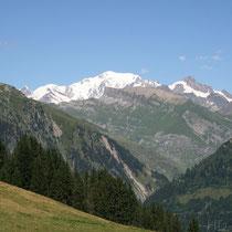 Vue sur le massif du Mont Blanc (départ du sentier)