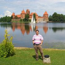 desde el Lago Galve con el Castillo de Trakai al fondo