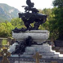 Mausoleo del Tenor Gayarre esculpido por Mariano Benlliure