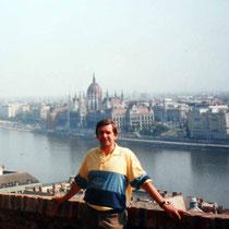 Palacio imperial Budapest desde el Bastión de los Pescadores en Buda