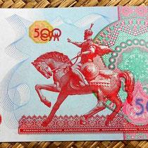 Billete de 500 som de Uzbekistán de 1999; reverso con la estatua ecuestre de Tamerlan (Amin Timur)