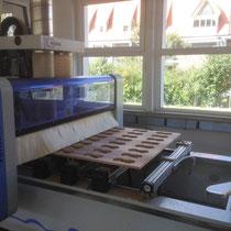CNC-Bearbeitung in der Serienproduktion von Getränkehalte