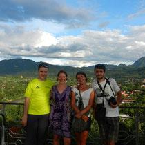 2 lotois et 2 auvergnats en visite au Laos!
